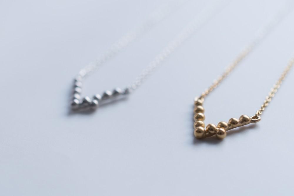necklace  /  v - silver 92518k coating (silver 925) -  -