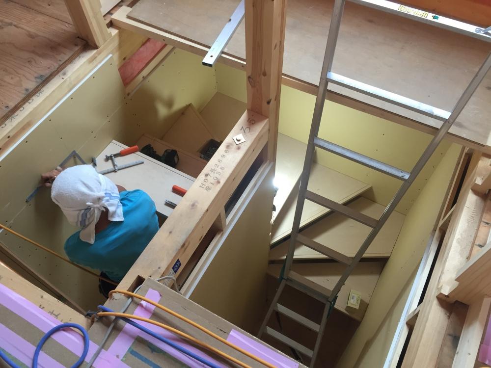 - 階段 -  -