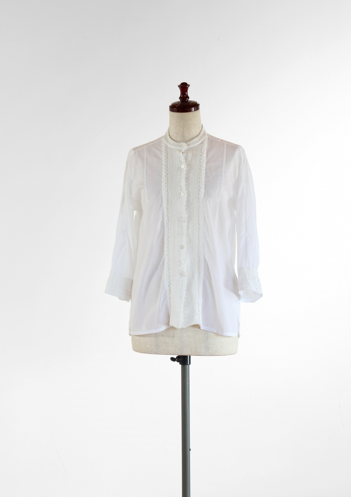 COTTON LACE SHIRT -