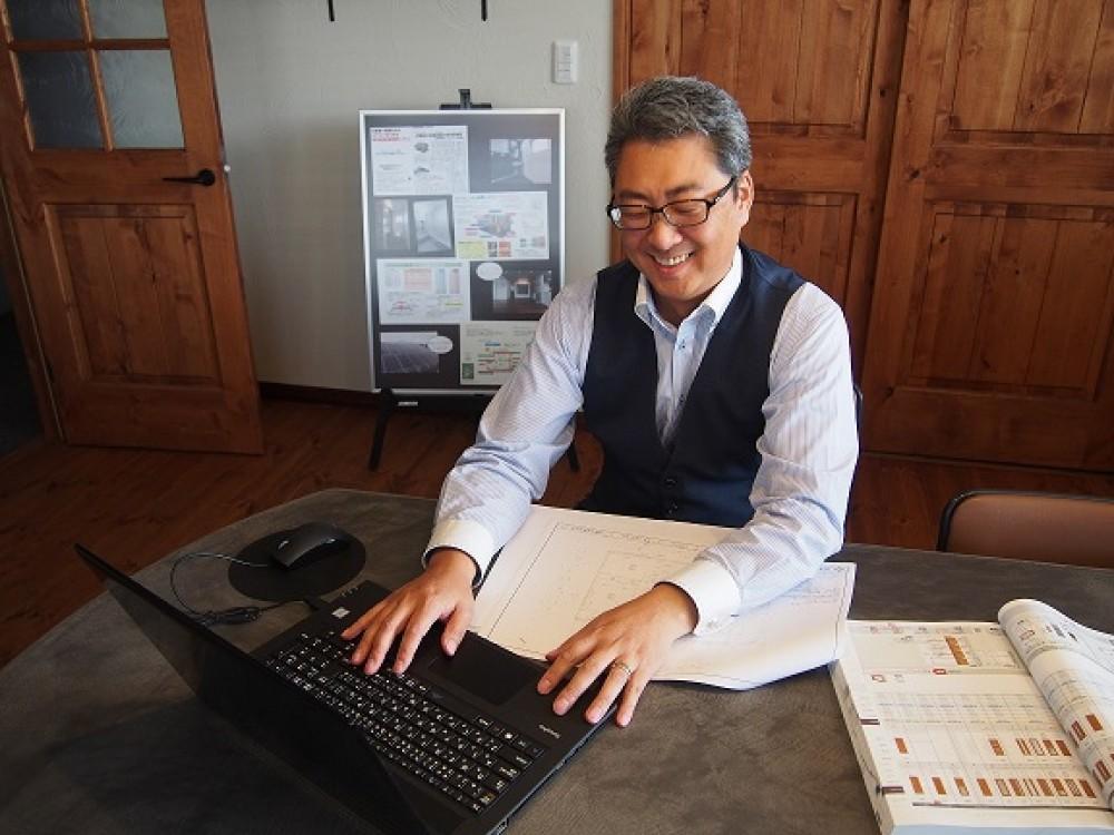 住宅のご相談なら、新築営業部長小野寺まで!