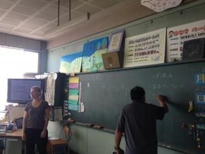 どんなことをするの?こんなことしますよー。  「Make Factory」ワークショップ in 松恵小学校 1年生