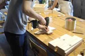 先生は大工と建築家!DIYの教室開講しました。