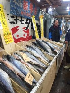 ずらりと並んだ新巻鮭。友人に送りました!