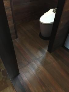 床も1×4材を。