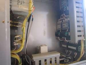 配電盤 配線の取り付けに苦労する -