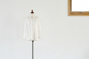 WHITE COTTON SHIRT -