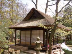 クリンゲンダール公園日本庭園内東屋建具建て込み工事オランダハーグ市
