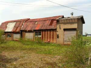 納屋二棟あります。